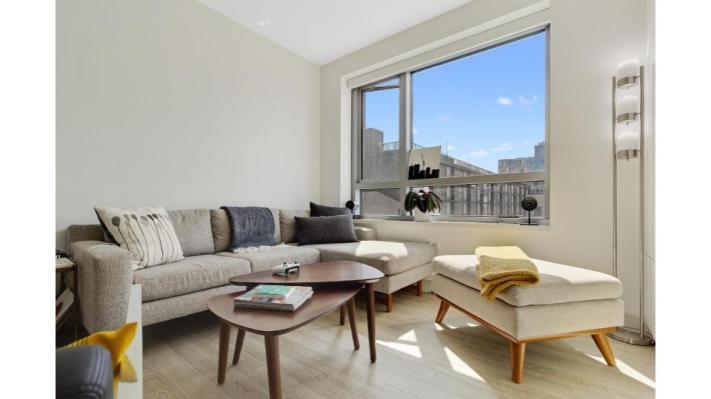 ¿Rentarías tu sala de estar por unas horas? Esta startup cuenta con eso