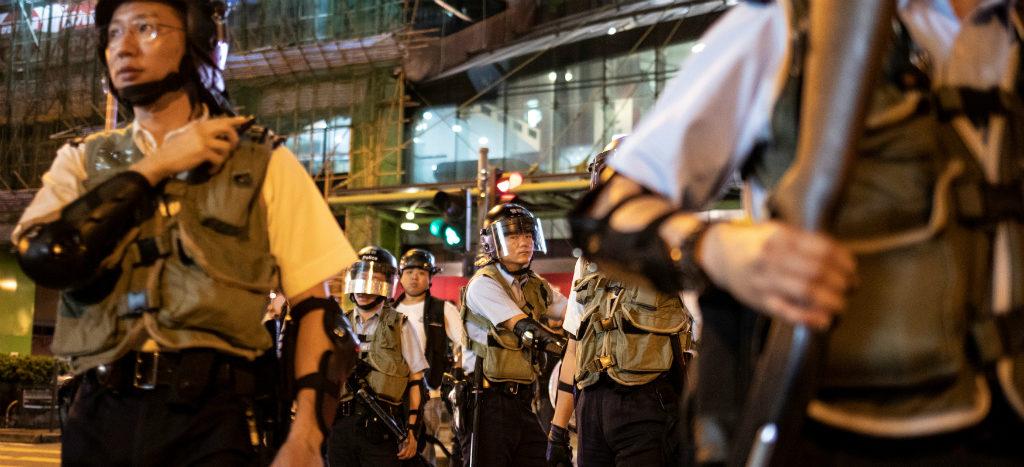 Policía de Hong Kong prohíbe protesta para evitar que violencia regrese a la calle 1