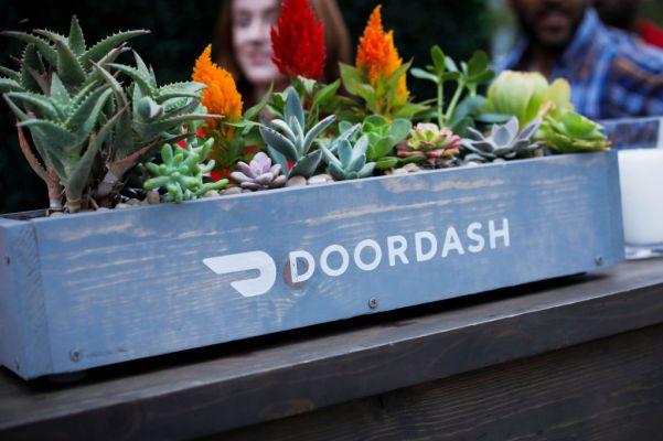 """A pesar de los cambios en la política de propinas, DoorDash dice que el pago atrasado no está """"en cuestión aquí"""""""