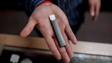 India prohíbe los cigarrillos electrónicos citando preocupaciones de salud juvenil