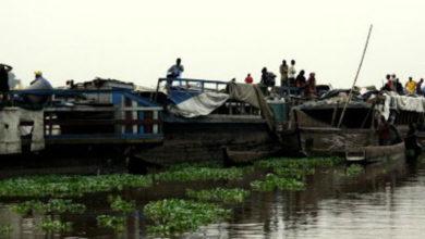 Reportan al menos 36 muertos por hundimiento de barco en río congoleño