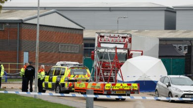 La policía británica encuentra 39 cadáveres en un camión en Essex