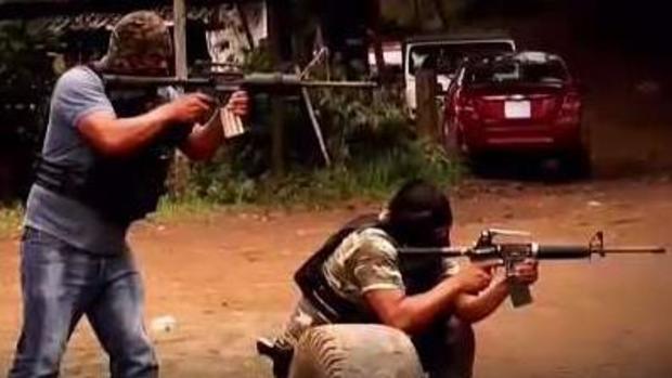 Por dentro: un campo clandestino de civiles armados en Michoacán