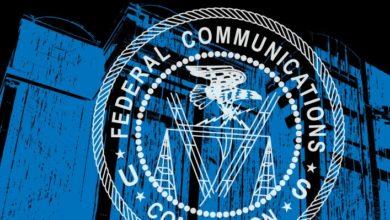 """Photo of La FCC prohíbe el gasto en Huawei, ZTE y otras """"amenazas de seguridad nacional"""""""