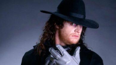 Photo of The Unndertaker revela qué superestrella de la WWE lo ayudó a crear su personaje