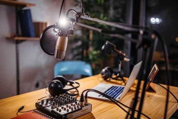 Podcorn conecta a los anunciantes con podcasters y administra mensajes patrocinados en podcasts