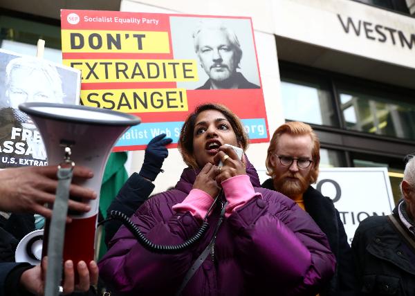 Assange se presentará el 23 de enero a última audiencia previa al juicio de extradición 1