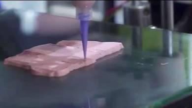 """Photo of ¿ Sabe diferente? Así se fabrica """"carne"""" con una impresora 3D"""