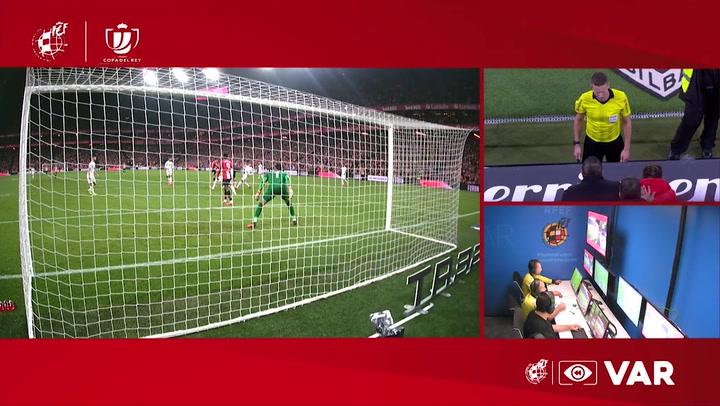 Copa Del Rey: Athletic Bilbao - Granada. Gol de Ander Capa anulado tras consulta al VAR