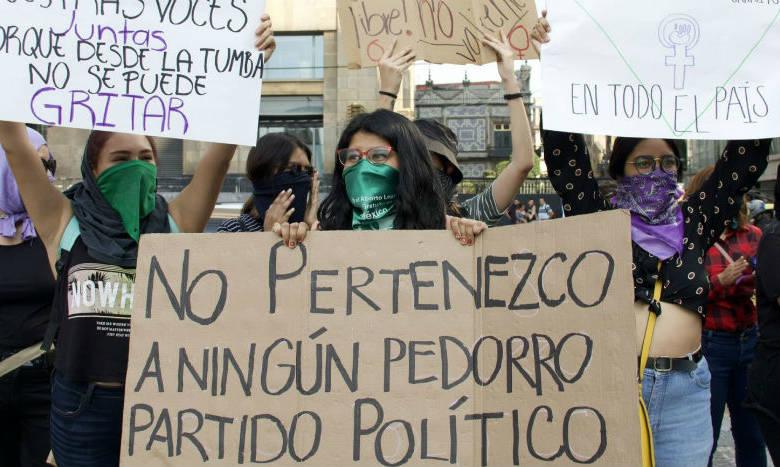 AMLO se equivoca al creer que protestas feministas son en su contra: Dresser 1