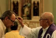 Photo of Iglesia católica celebra el Miércoles de Ceniza con precauciones por temor al coronavirus, Vaticano envía exhorto