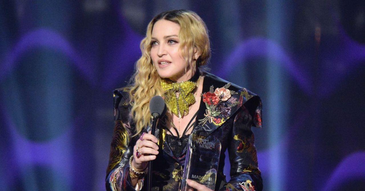Madonna está dirigiendo su propia película biográfica 2