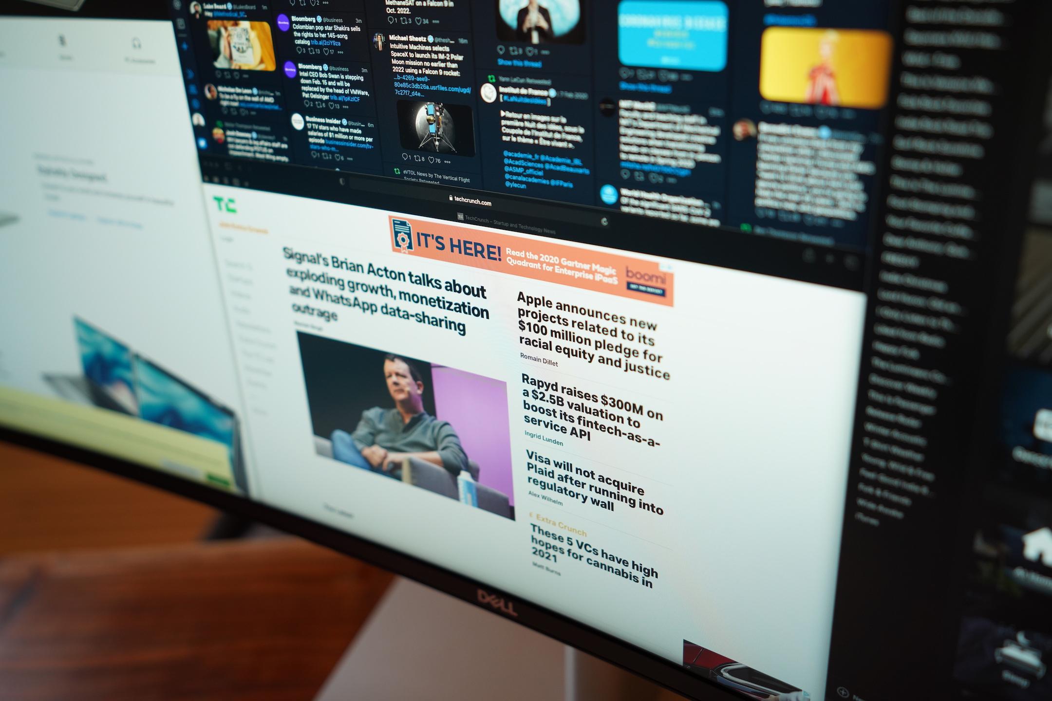 El monitor curvo de 40 pulgadas de Dell es perfecto para un centro de comando de oficina en casa 3